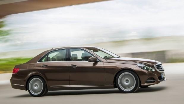 Mercedes-Benz-E-Class_2014_1280x960_wallpaper_281-620x350
