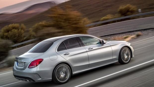 Mercedes-Benz-C-Class_2015_1024x768_wallpaper_1a-620x350