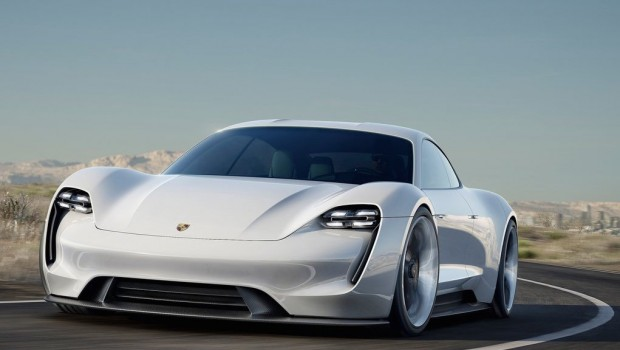Porsche-Mission_E_Concept_2015_1024x768_wallpaper_01-620x350 (2)
