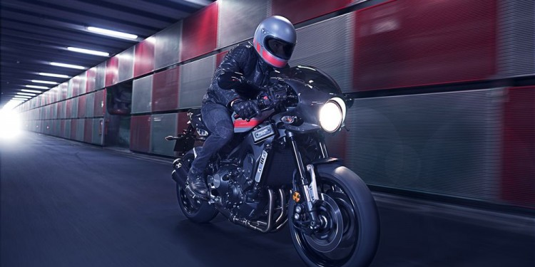 Yamaha XSR900 Abarth 01
