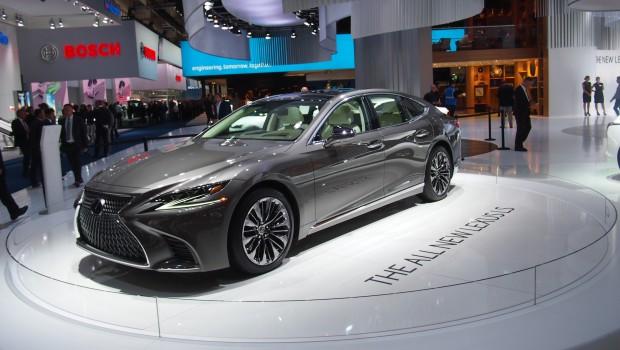 Lexus-LS2017P1013700-620x350