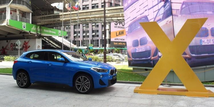 BMW X2 02
