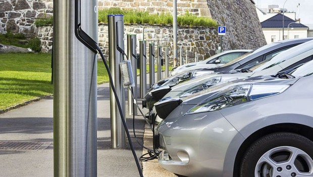 Electric-car-charging-stations-620x350
