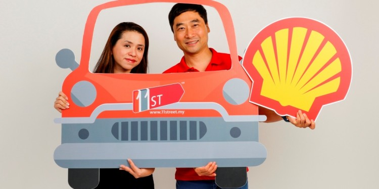 Shell Lubricants Marketing GM May Tan and 11street Merchandising VP Bruc...