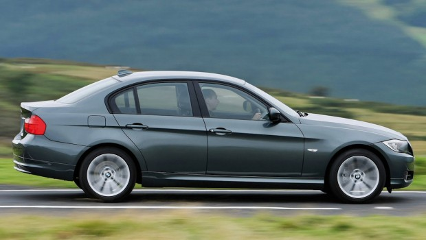BMW-3-Series_UK_Version-2009-1280-09-620x350