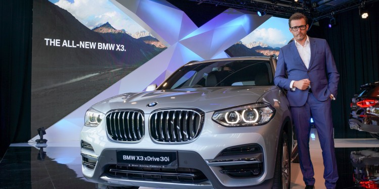25. BMW X3 xDrive