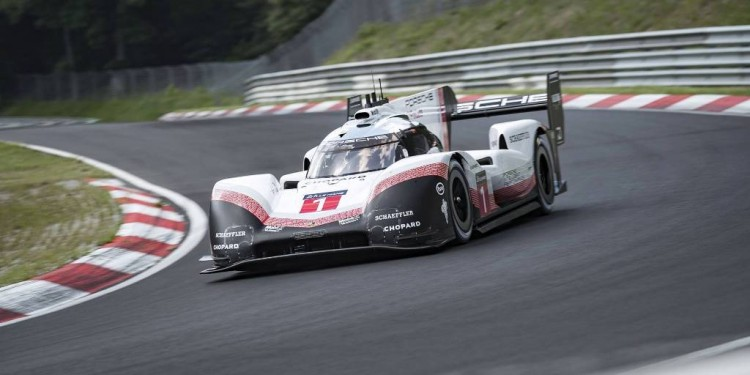 porsche-919-hybrid-evo-breaks-nurburgring-lap-record