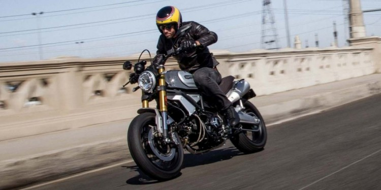 2018-Ducati-Scrambler-1100-Special-03