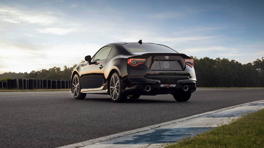 2019-toyota-86-trd-special-edition (1)