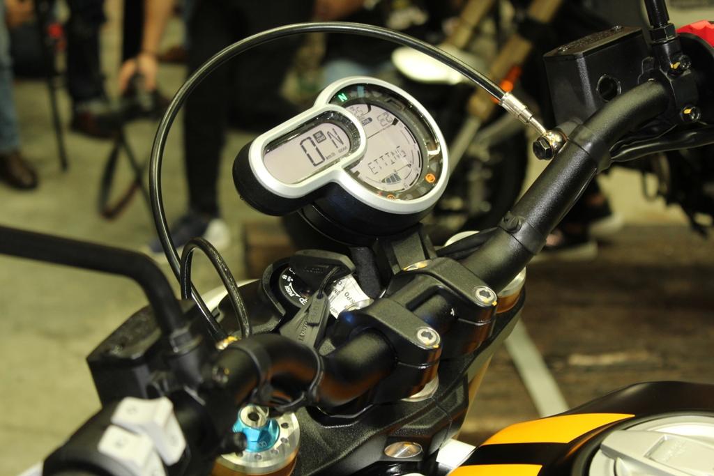 Ducati Scrambler 1100 05