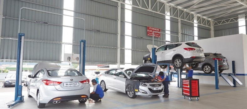 Service in Progress at a Hyundai Authorised Service Centre