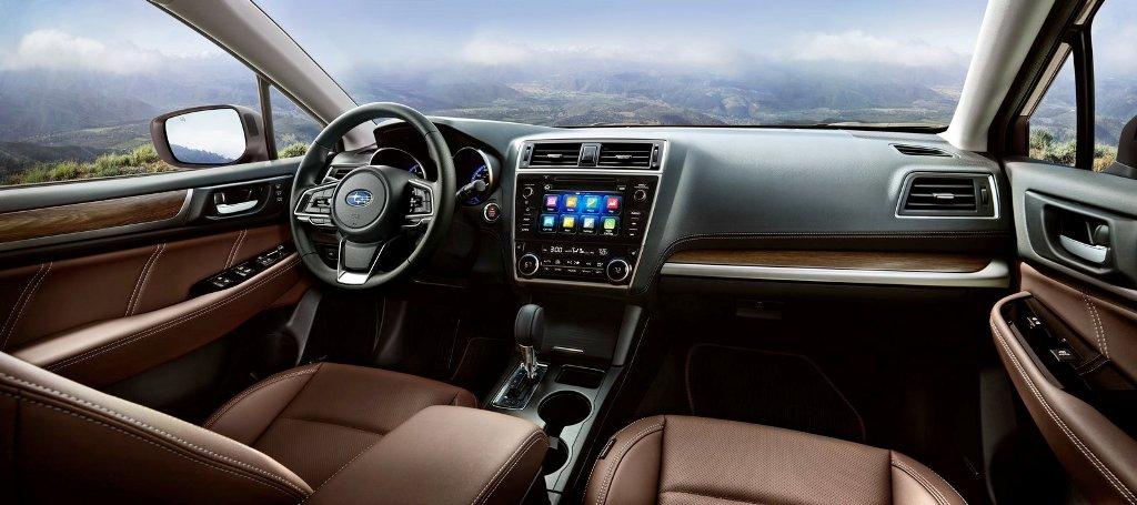 Subaru Outback interior 02