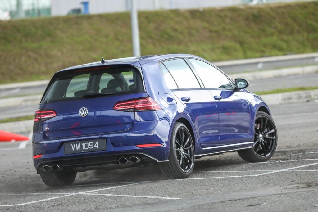 Volkswagen Golf 2018 Media Photos-115
