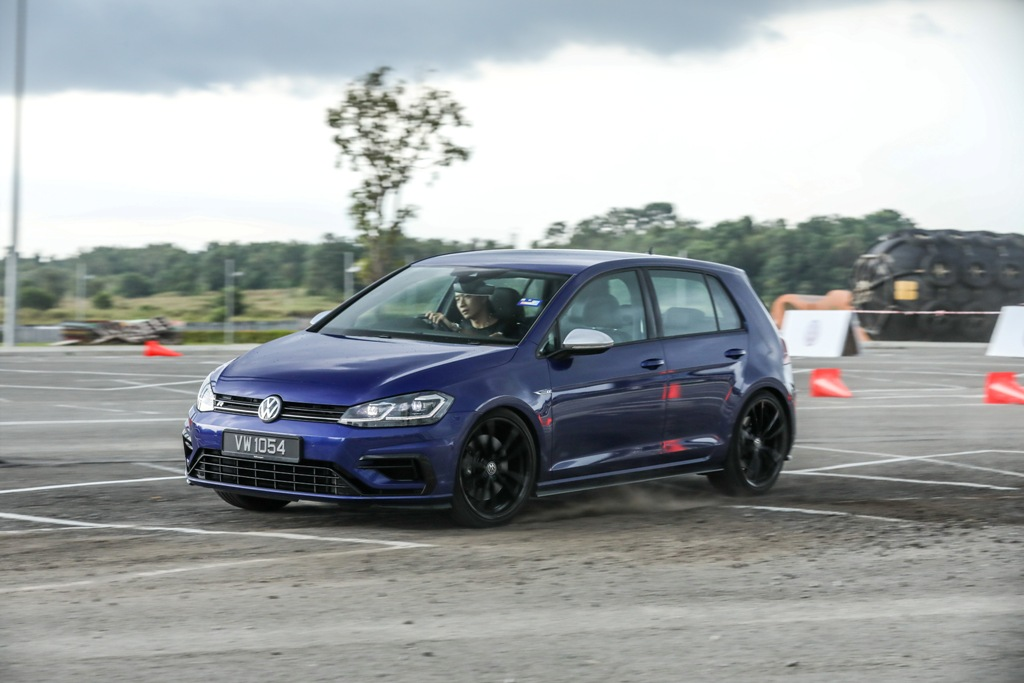 Volkswagen Golf 2018 Media Photos-116