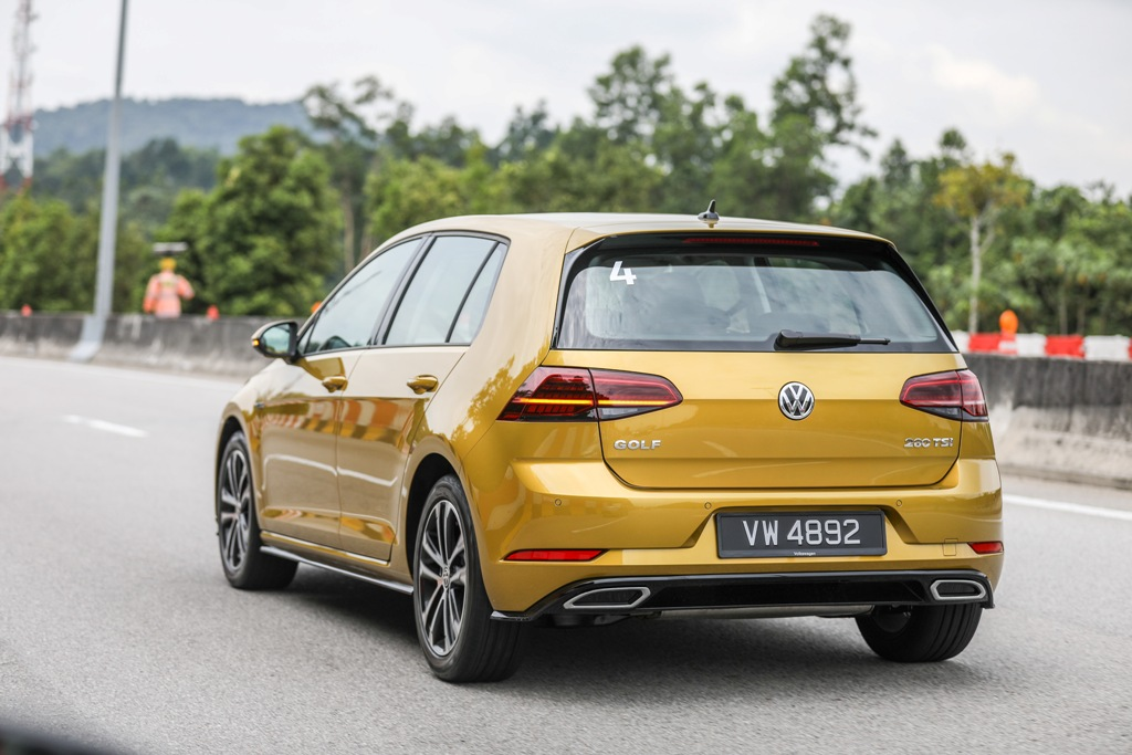 Volkswagen Golf 2018 Media Photos-18