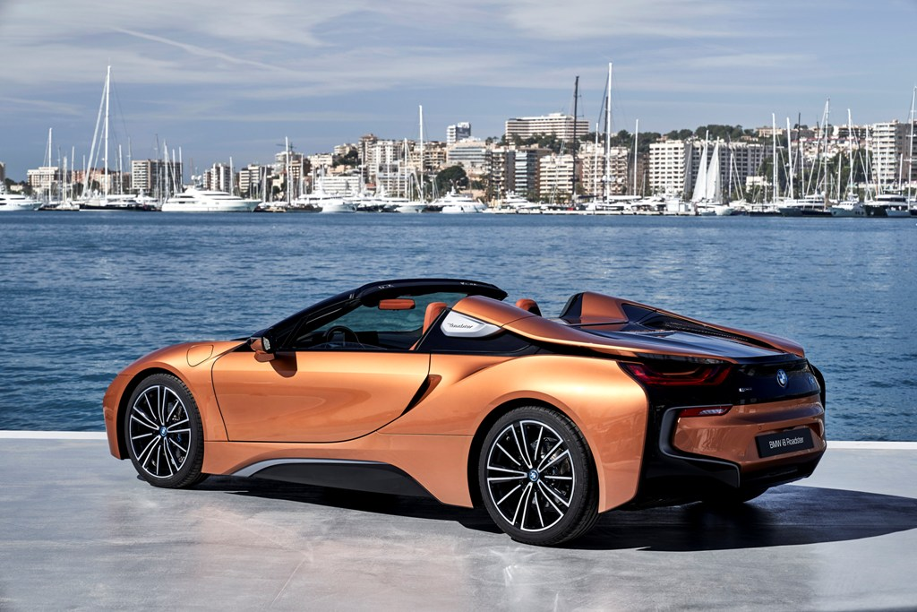 The First-Ever BMW i8 Roadster (11)