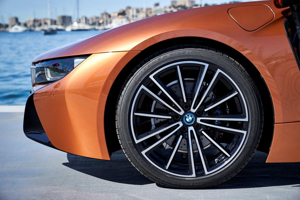 The First-Ever BMW i8 Roadster (20)