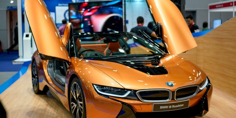 The First-Ever BMW i8 Roadster  (5)