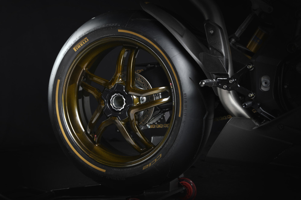 2019-MV-Agusta-F4-Claudio-rear-wheel