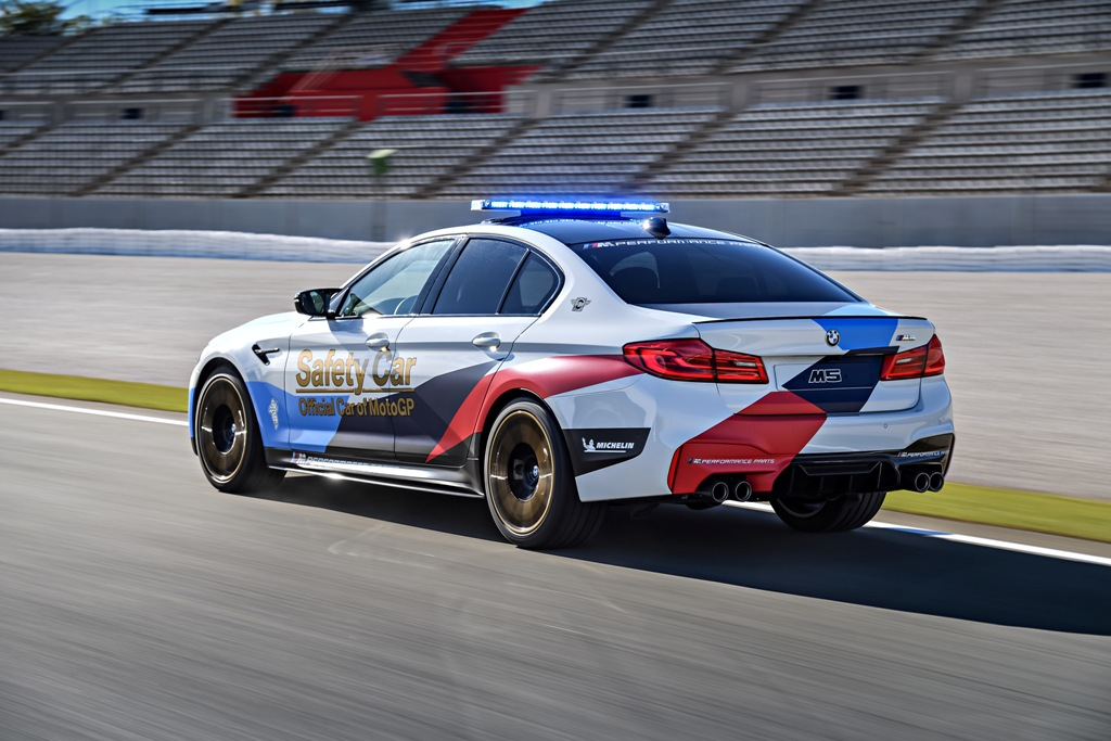 BMW M5 MotoGP Safety Car (14)