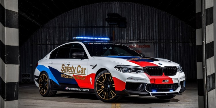 BMW M5 MotoGP Safety Car (3)