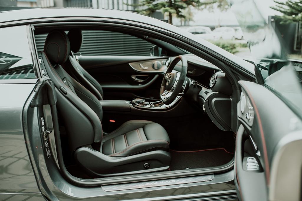 Mercedes-AMG E 53 Sedan (19)
