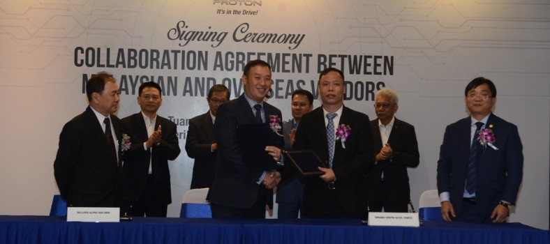 Signing between Delloyd Alpha Sdn Bhd and Ningbo Xinpin Auto Parts