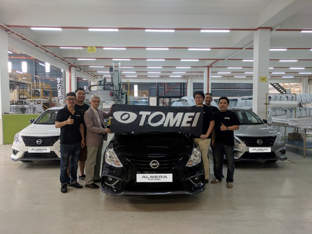 01 New Almera Black Series_Group Photo with ETCM Management and TOMEI Executives