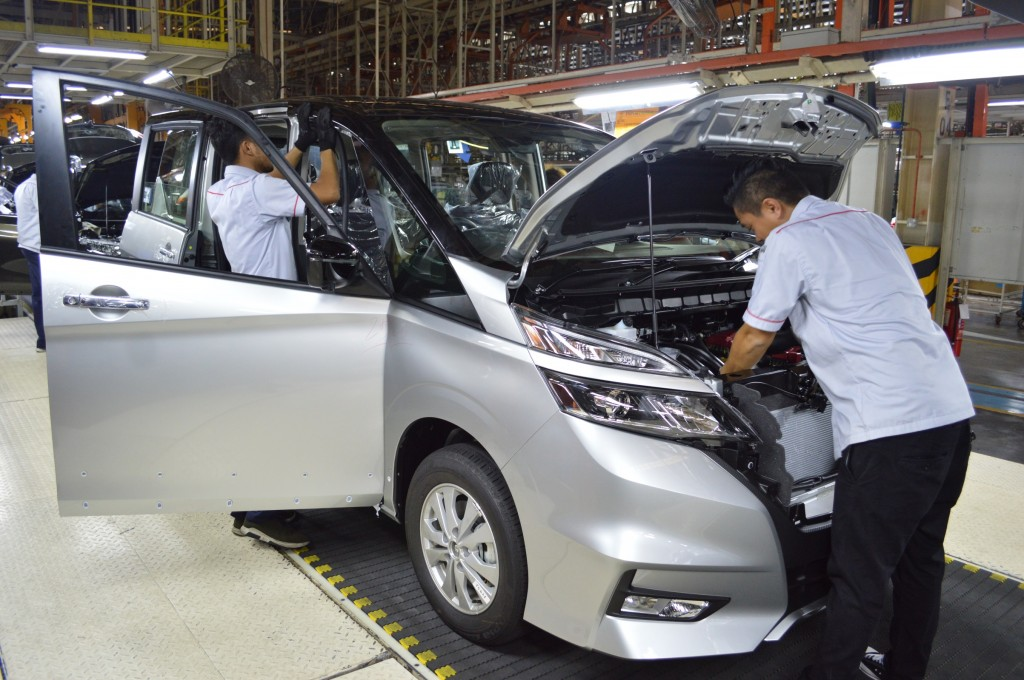 02 Nissan Serena_Increase Production