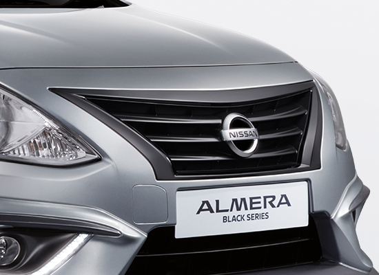 07 New Almera Black Series_Gloss Black Front Grille