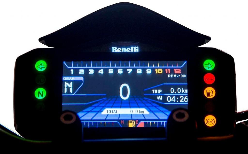 Benelli 752S 04