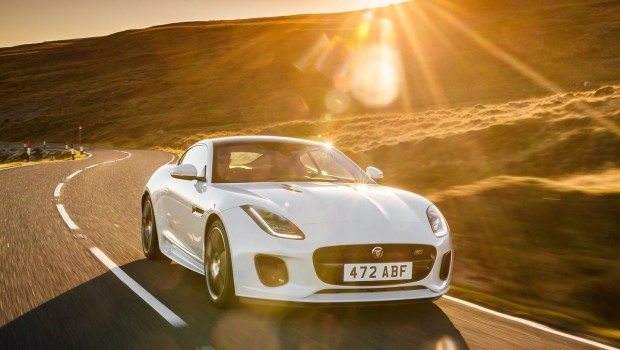 Jaguar-F-Type_Chequered_Flag_Edition-2019-1600-04-620x350