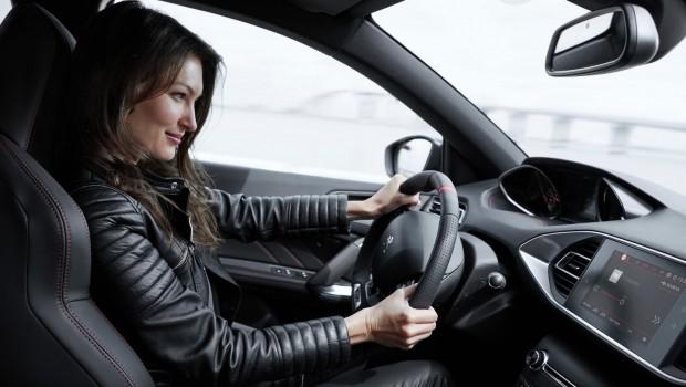 Peugeot-308_GTi-2018-1600-32-620x350