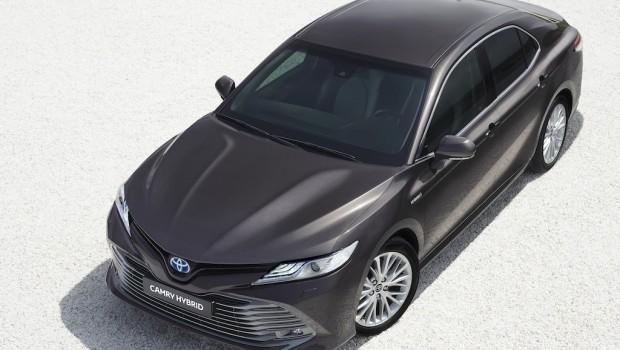 Toyota-Camry-2019-NOT-UK-SPEC-1-620x350
