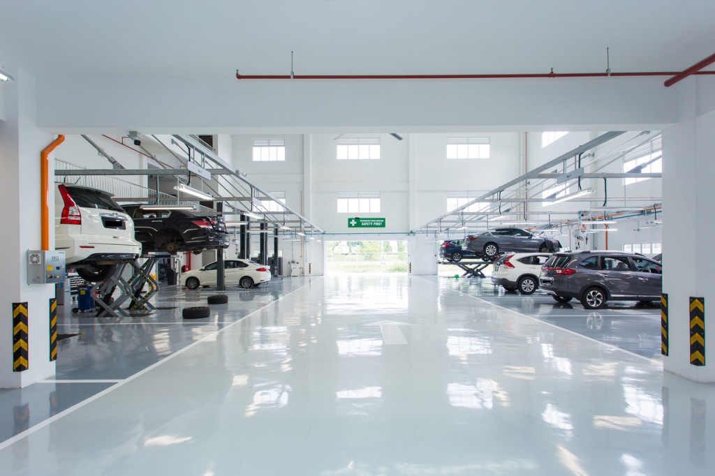 09 Yong Ming Motor Honda 3S Centre houses 14 bays that can accommodate up to 30 cars per day