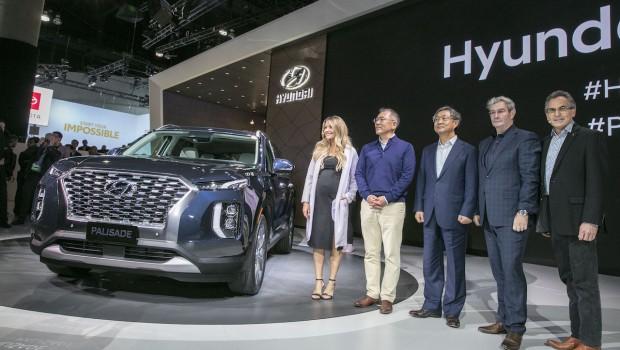 Hyundai-Palisade-LA-Motor-Show-2-620x350
