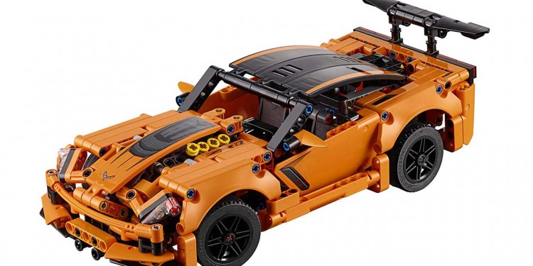 chevrolet-corvette-zr1-lego-technic-1