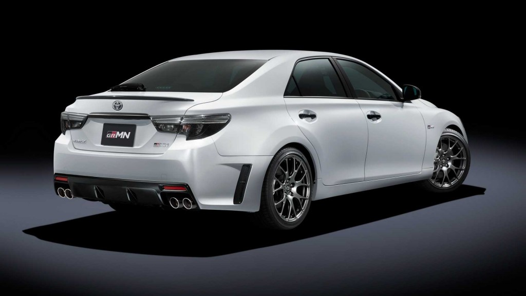 2019-toyota-mark-x-grmn-2