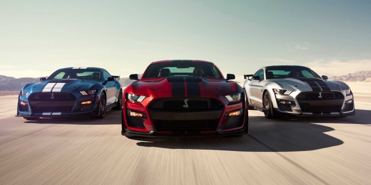 2020-ford-shelby-gt500-1