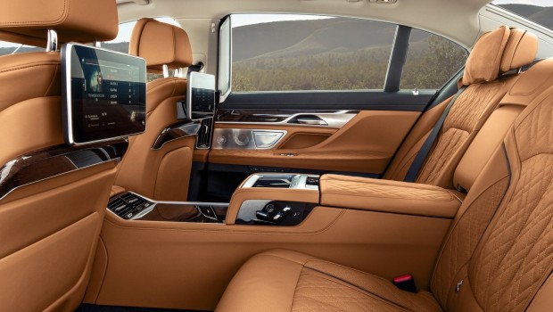 BMW-7-Series-2020-d-620x350
