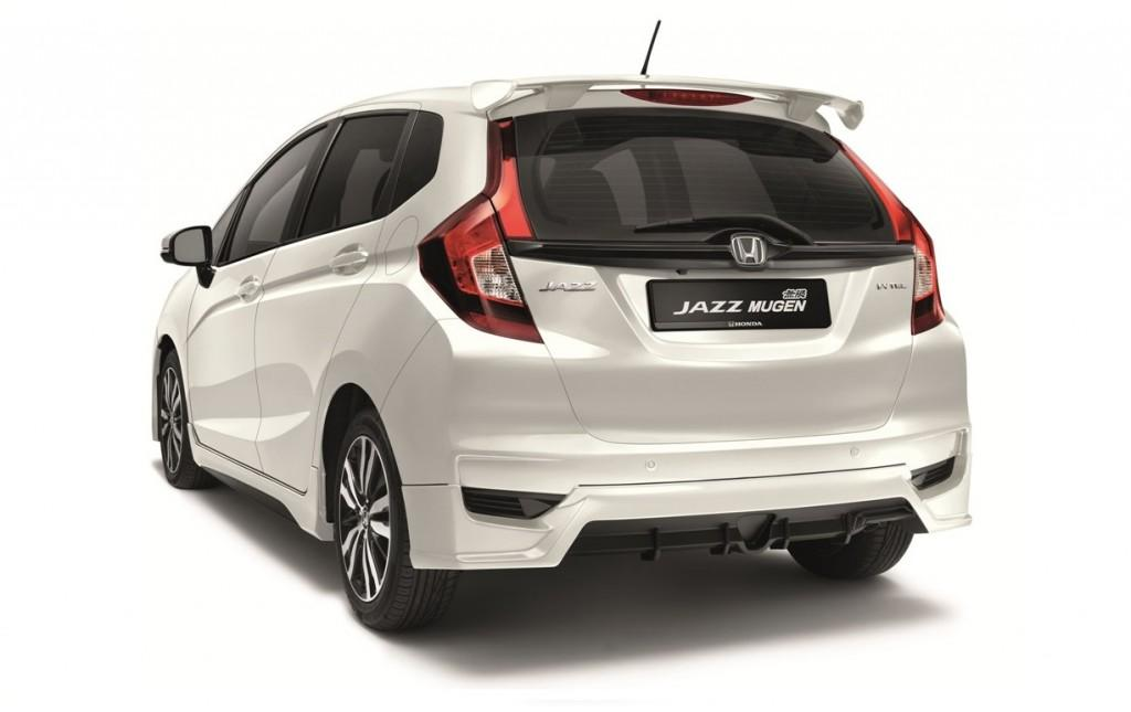 02 The additional features have heightened the sporty look of the Jazz and while maintaining its practicality