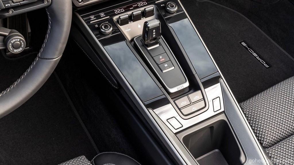 2019 Porsche 911 Carrera S Cabriolet 16