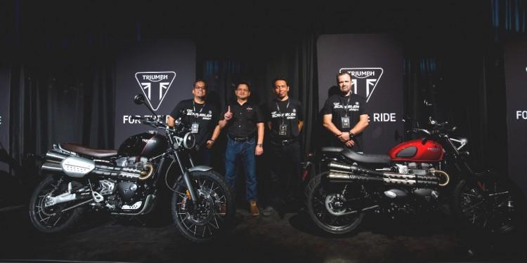 (L-R) Arie Razak, Dato Razak Al Malique, Ainul Azwan and Panagiotis Mavrikos with the 2019 Triumph Modern Classics range