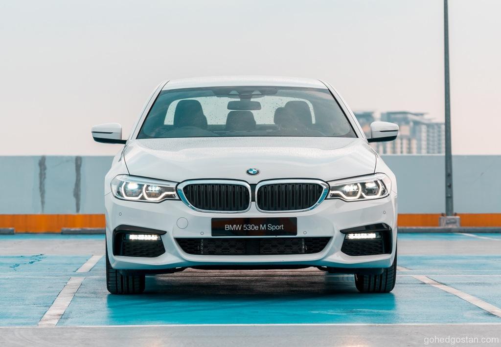 1. The New BMW 530e M Sport