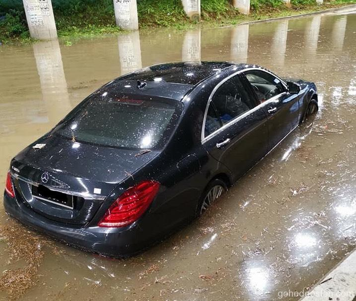 Mercedes Banjir 4