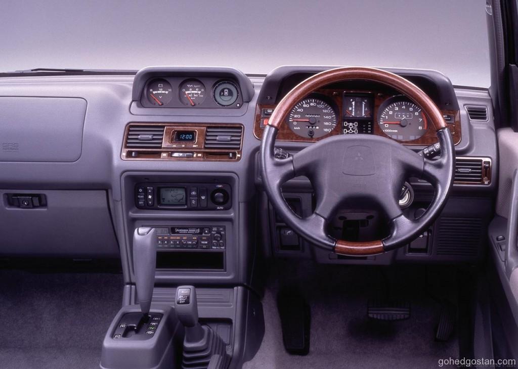 Mitsubishi-Pajero-Bersara 6