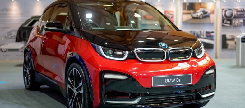 The First-Ever BMW i3s (2)