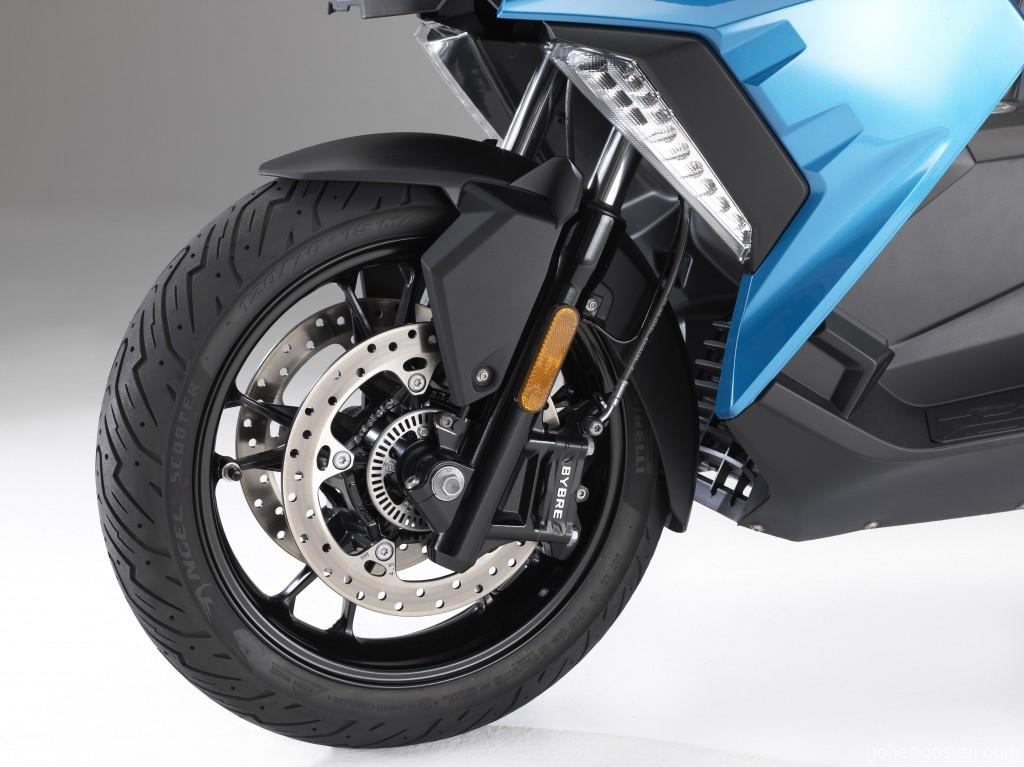 The New BMW C 400 X (6)