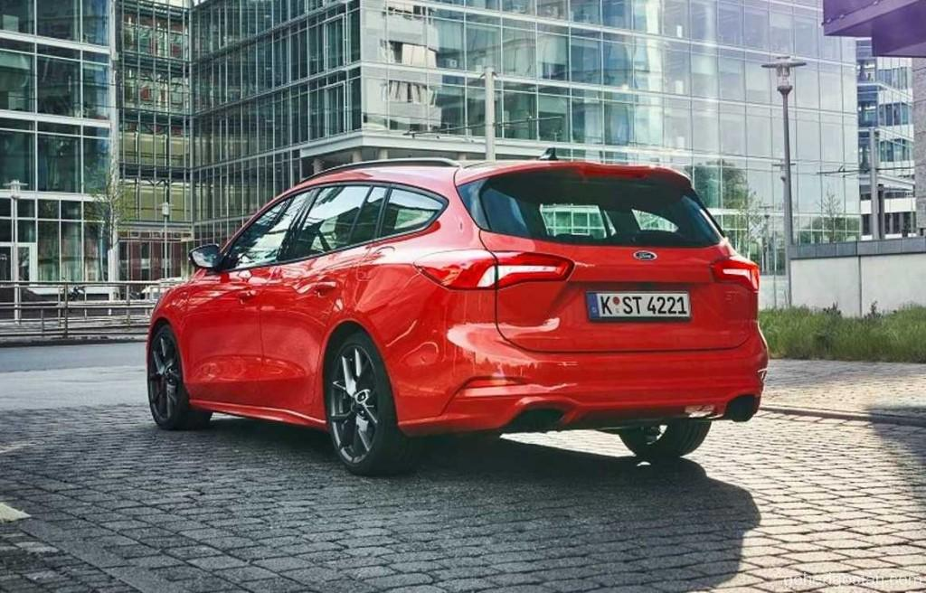 2019-ford-focus-st-wagon (4)