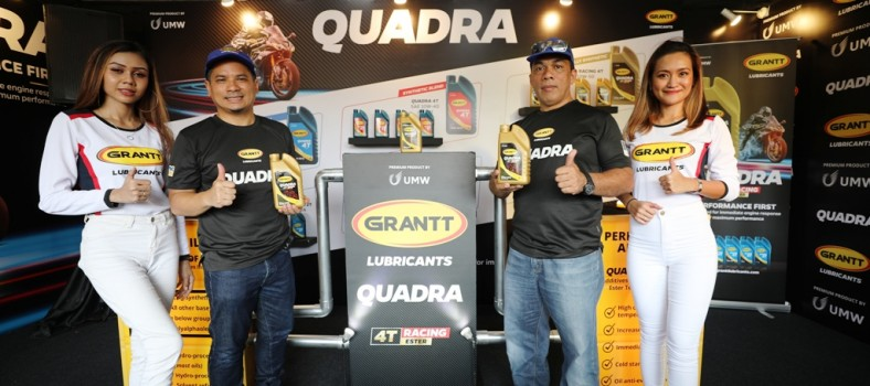 En Anas Nasrun Regional Head (left) and En Mohd Asri Jusoh (right) General Manager, Grantt Lubricants Launching the Grantt Quadra 4T Racing MCO